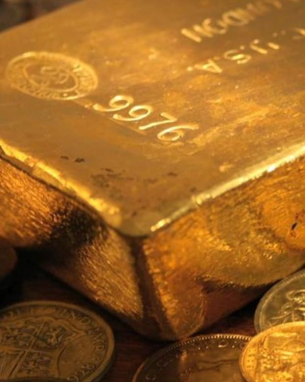 Gold Would Be Higher But Buyers Are Jumping Ship for Bitcoin - Expert