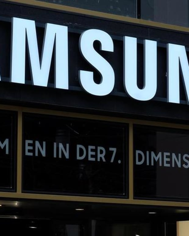 What Exploding Smartphones? Samsung Predicts Big Profits