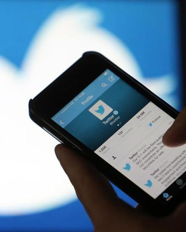 There's No Reason to Buy Twitter Stock on Its Big Drop, Says Jim Cramer
