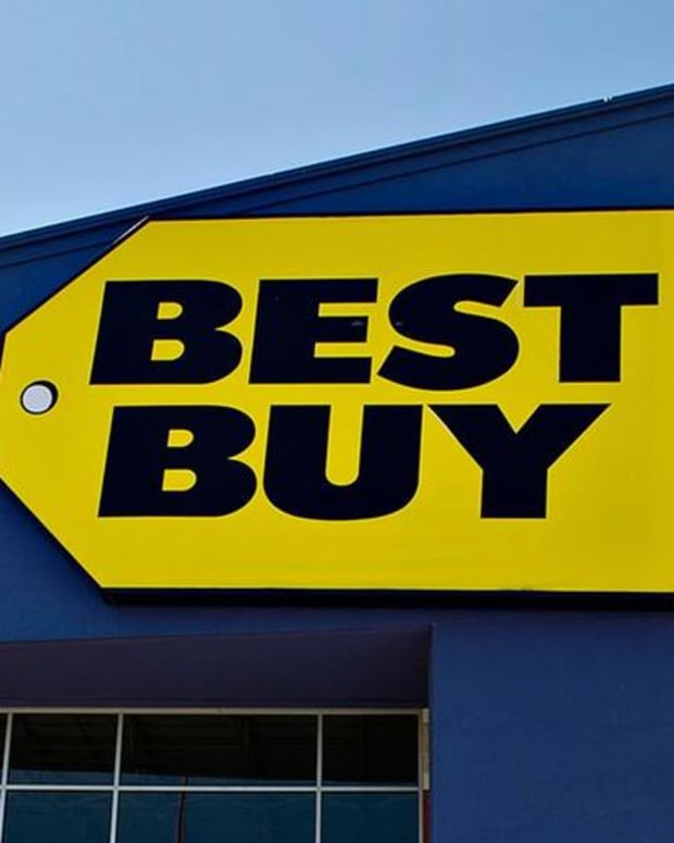 Jim Cramer Reveals What to Watch in Best Buy's Earnings on Tuesday