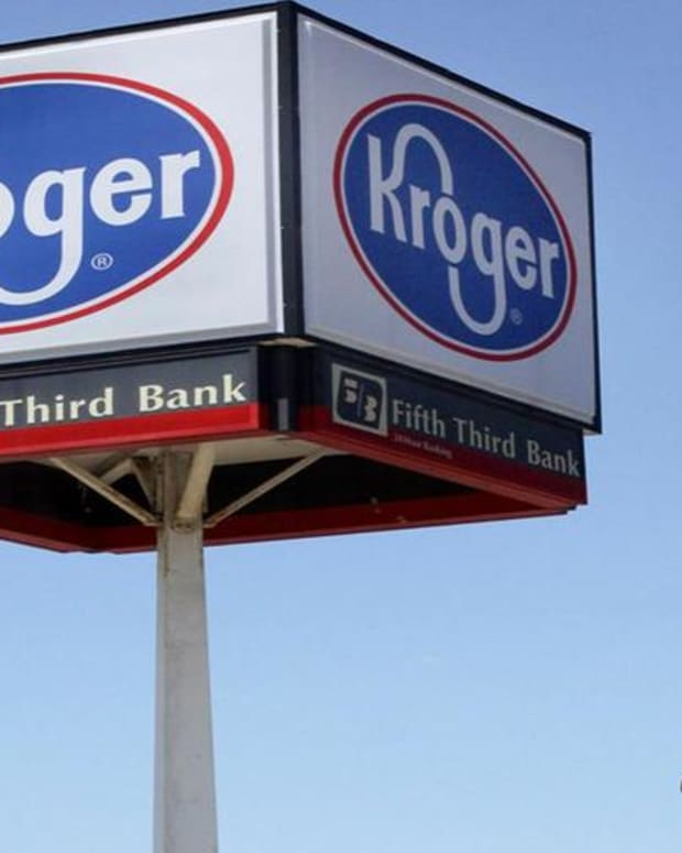 Kroger's Guidance Cuts Show Just How Aggressive Walmart Is: Jim Cramer