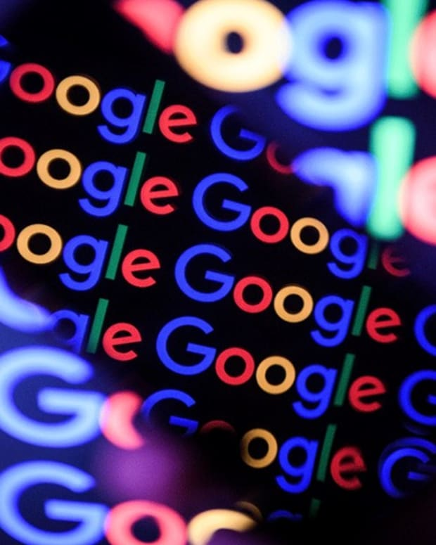 It 'Would Be Crazy' Not to Own Alphabet, Cramer Says