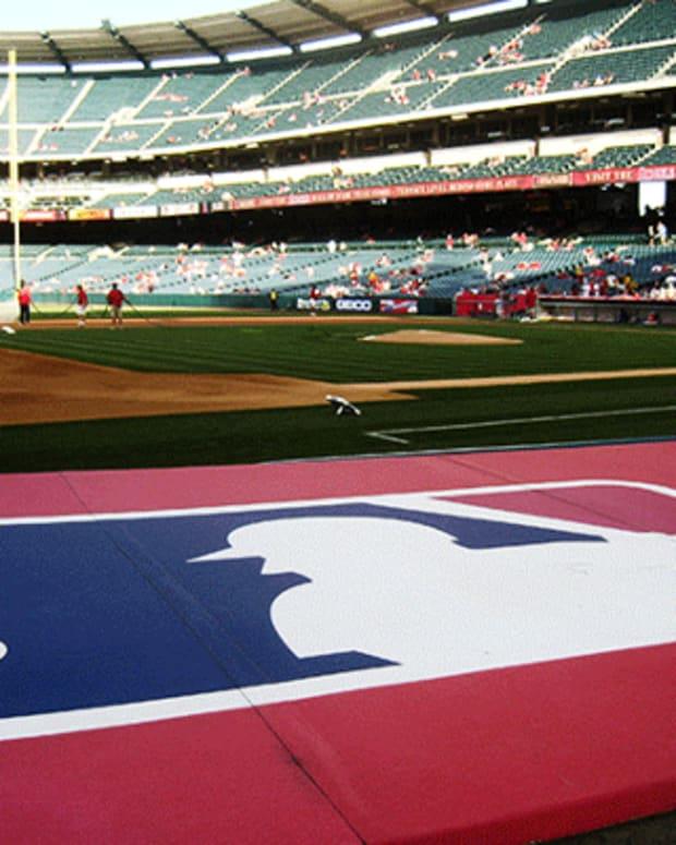 Contract: Major League Baseball