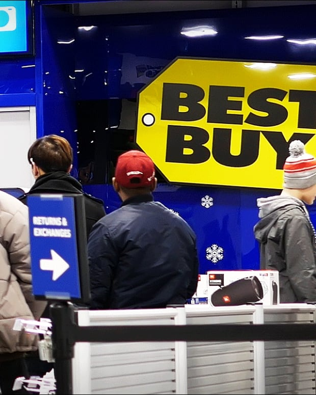 Best Buy, Walmart, Amazon - What's Making These Stocks Holiday Specials