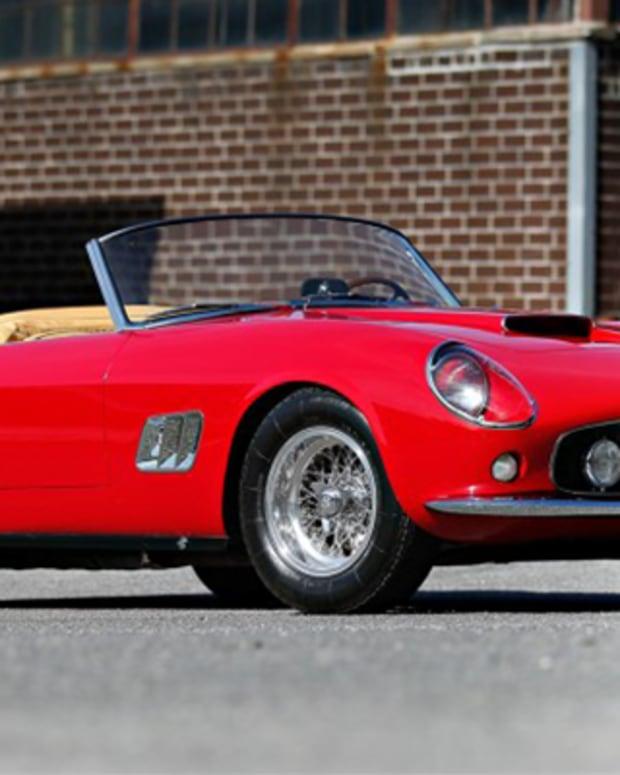 10. 1961 Ferrari 250 GT SWB California Spider