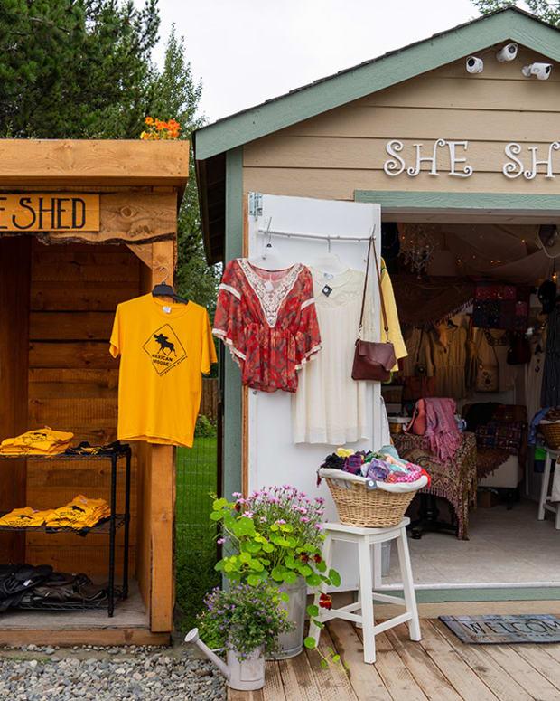 1 alaska talkeetna melissamn : Shutterstock