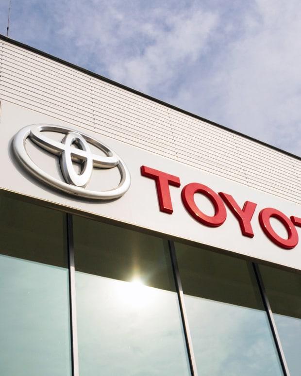 Toyota Lead