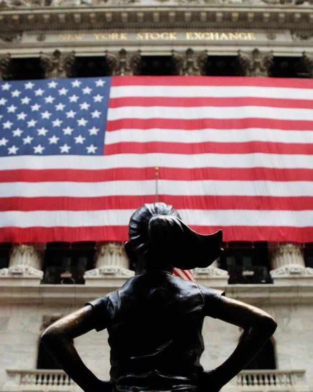 New York Stock Exchange Economy Lead