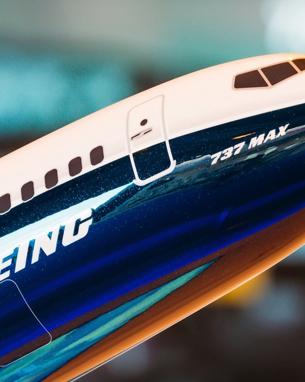 Boeing 737 Max Lead