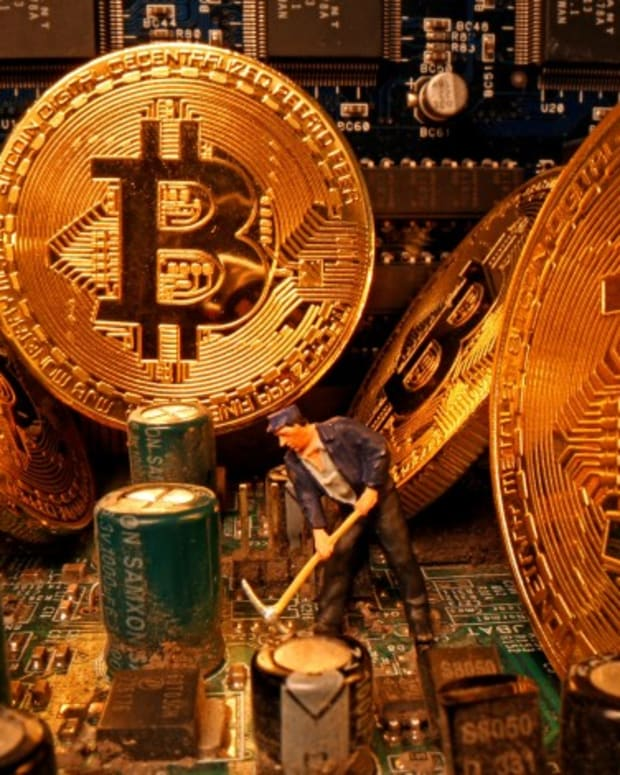 Bitcoin Rides Wave With Gold As Covid-19 Relief Cash Unleashed By Central Banks Sparks Search For Speculative And Safe Haven Assets