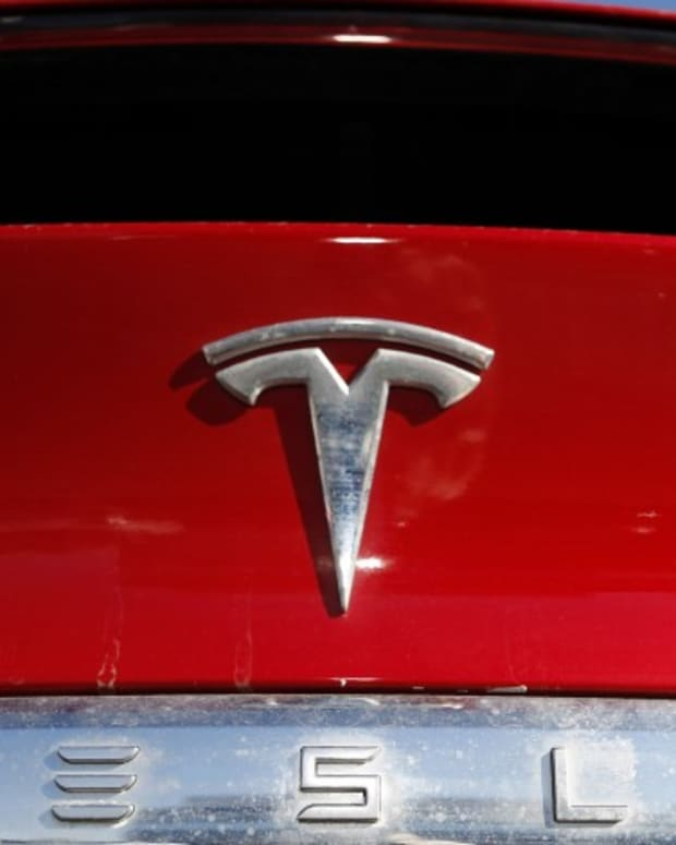 Tesla Hiring Team Of Software Engineers To Develop Car Video Games Based At Its Upcoming Gigafactory In Texas