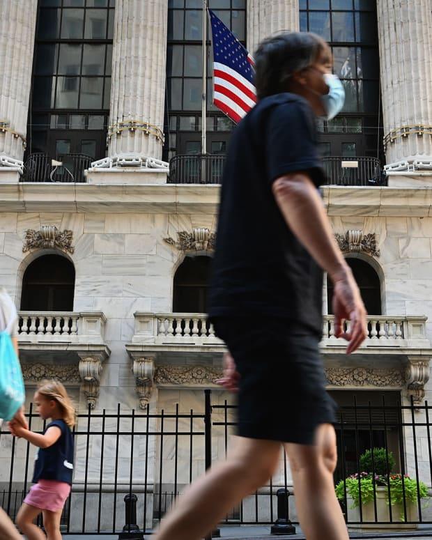 Wall Street Covid Lead