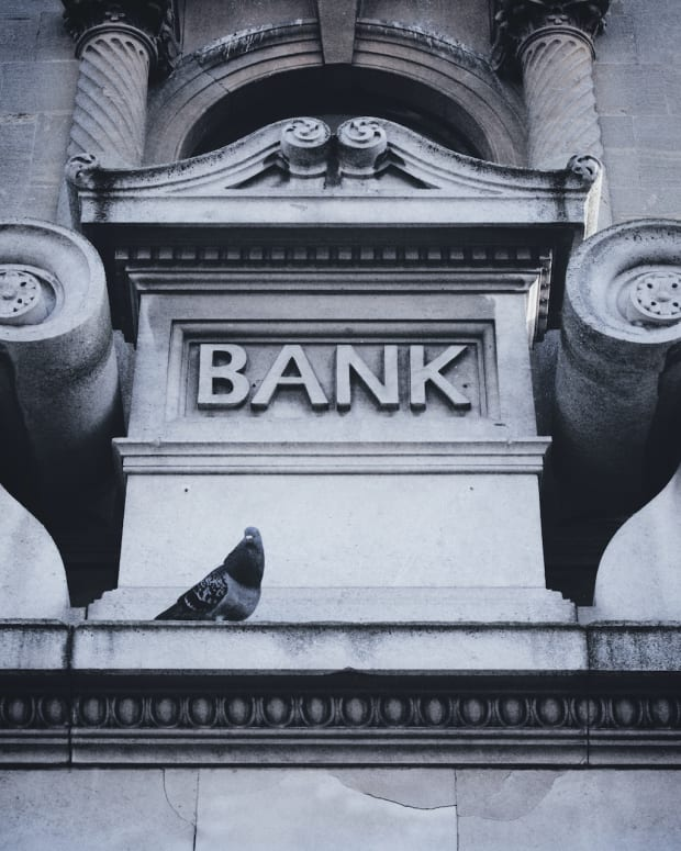 where bank savings pigeon sh