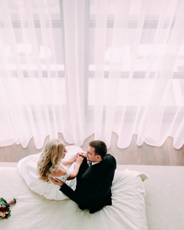 elope hotel wedding sh