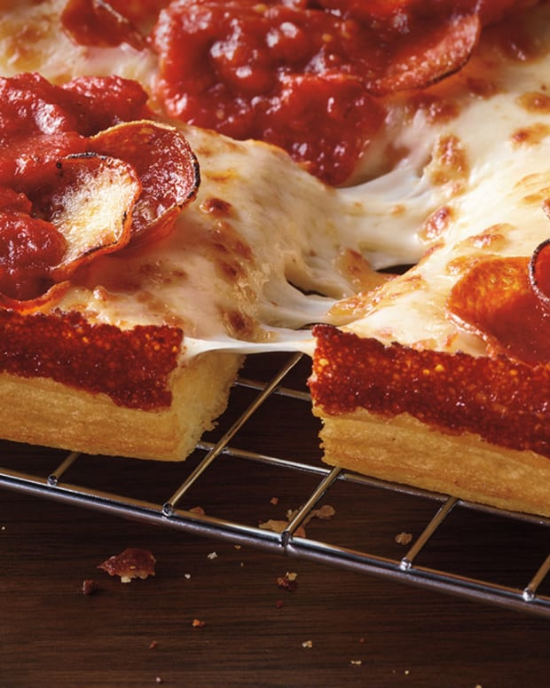 Pizza Hut Detroit Pizza Lead
