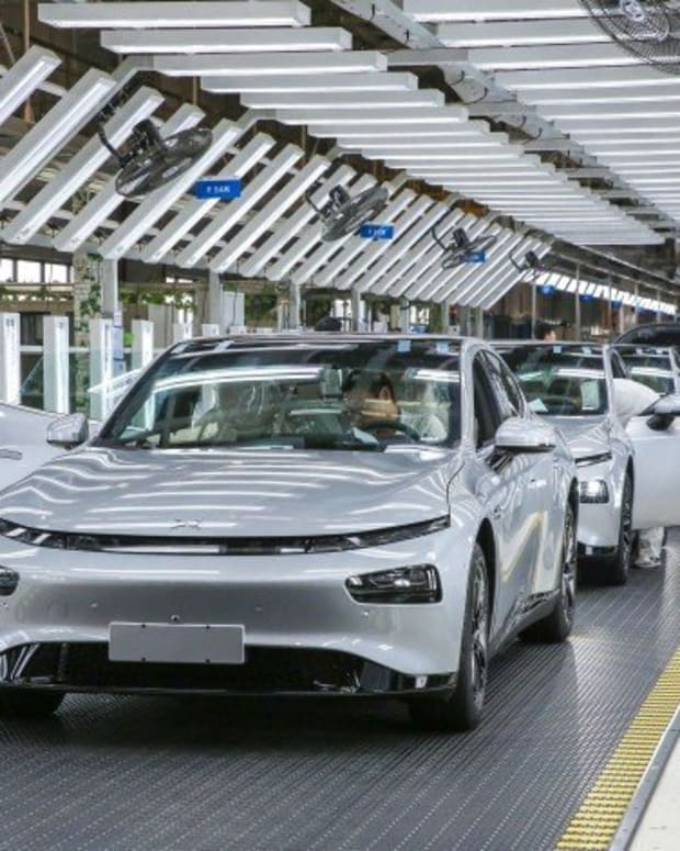 China Electric Cars: Tesla's Missed Target Draws Investors To Home-grown EV Makers NIO, Xpeng And LiAuto In Search Of Value