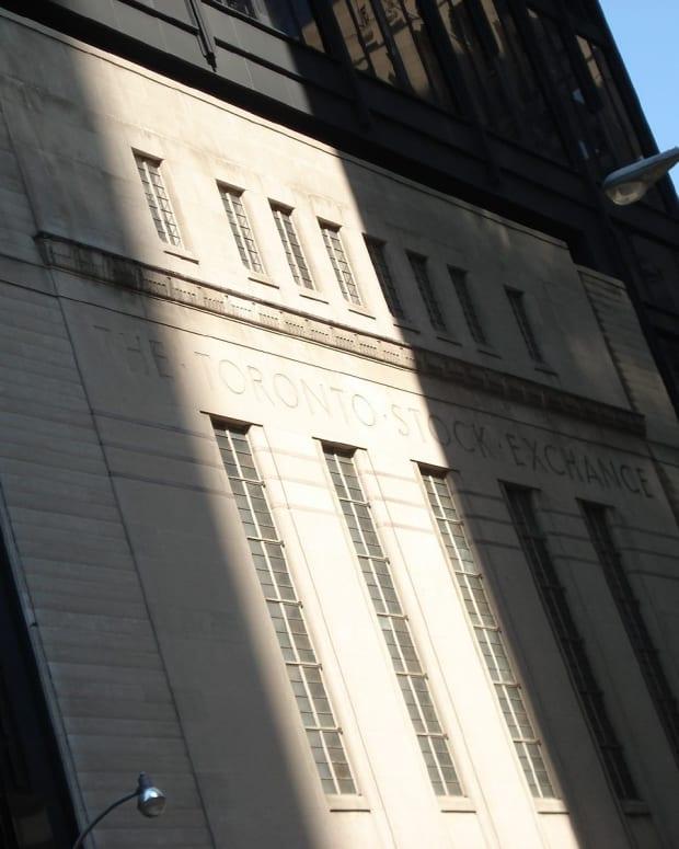 Photo of Toronto Stock Exchange building.