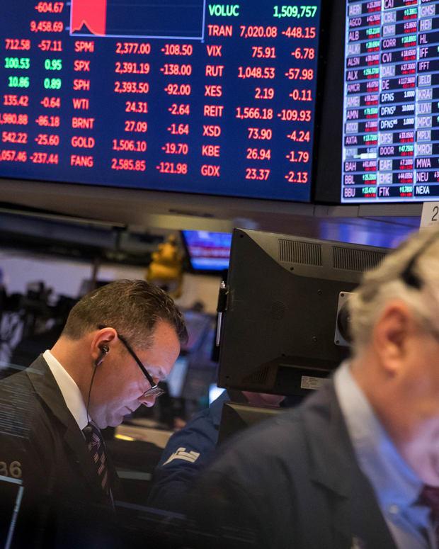 New York Stock Exchange Traders Lead