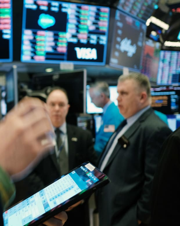 New York Stock Exchange Traders Lead