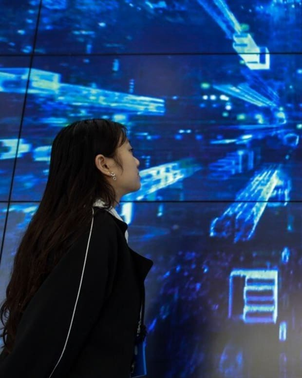 Edge data centres are smaller facilities, compared with the hyperscale operations run by the likes of Amazon Web Services and Google. These facilities provide cloud computing resources and cached streaming content closer to local end users. Photo: Xinhua