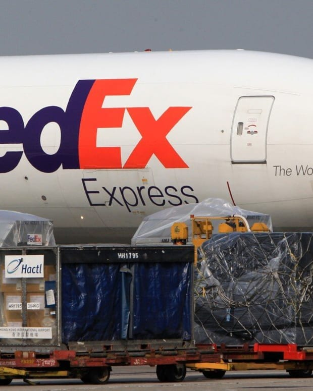 FedEx has pledged to hit an ambitious carbon neutrality goal ahead of other airlines. Photo: Jonathan Wong