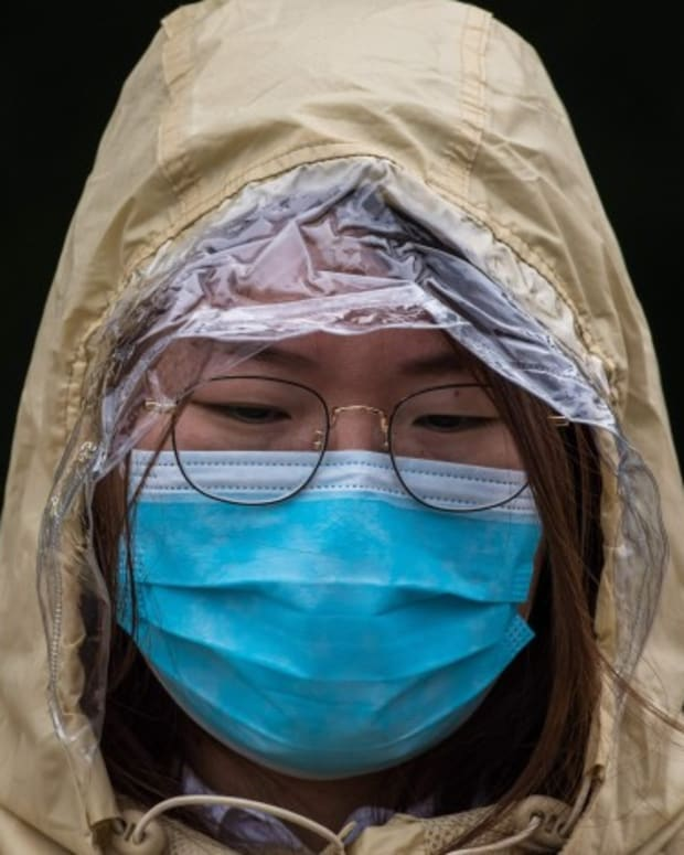 China Coronavirus: Demand For Face Masks Surges Amid Short Supply In Hong Kong As Government Denies Accusation It Stockpiled Safety Gear For Internal Use