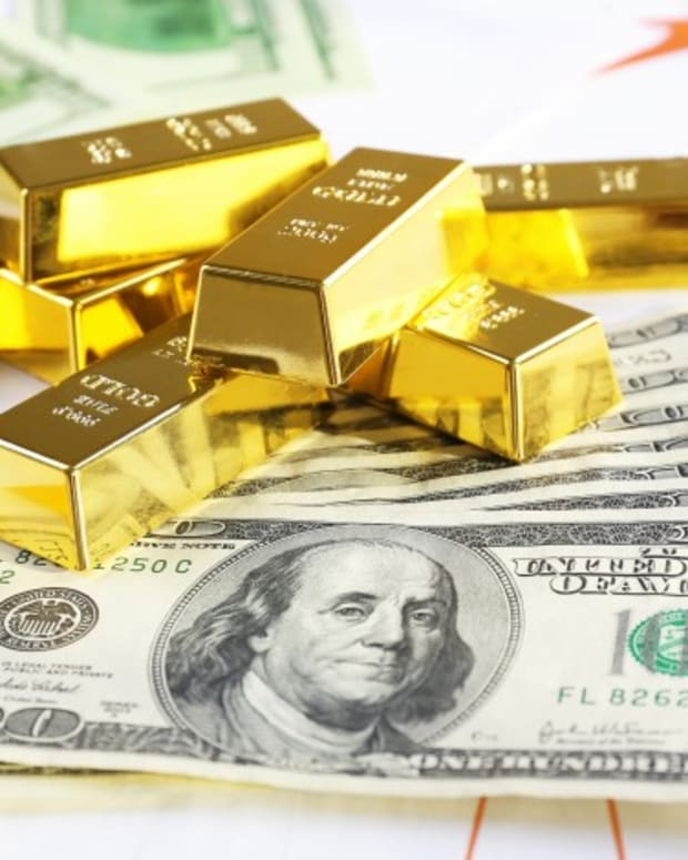 Record Inflows Show Gold ETFs Are Better Safe Haven Play Than Mining Stocks, Analysts Say