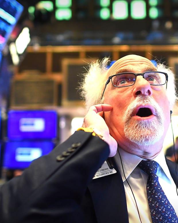 Trader New York Stock Exchange Lead