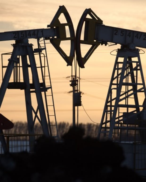 Oil Price Plunge Likely To Spur China's Quest For Energy Diversification, Despite Short Term Gain, Analysts Say