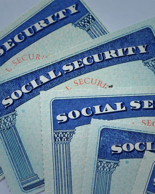Ask Bob: My Husband Died. What's My Social Security Benefit?