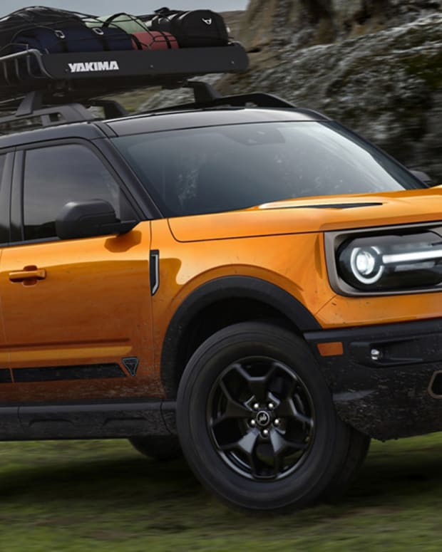 2021 Ford Bronco Lead