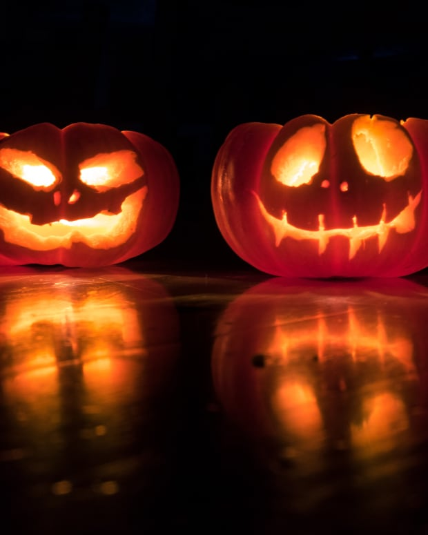 Ask the Hammer - Halloween Edition: What Are the Scariest Financial Mistakes to Avoid?