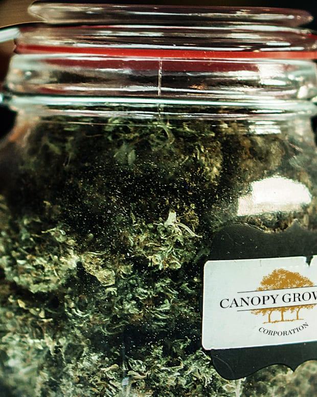 Canopy Growth Lead