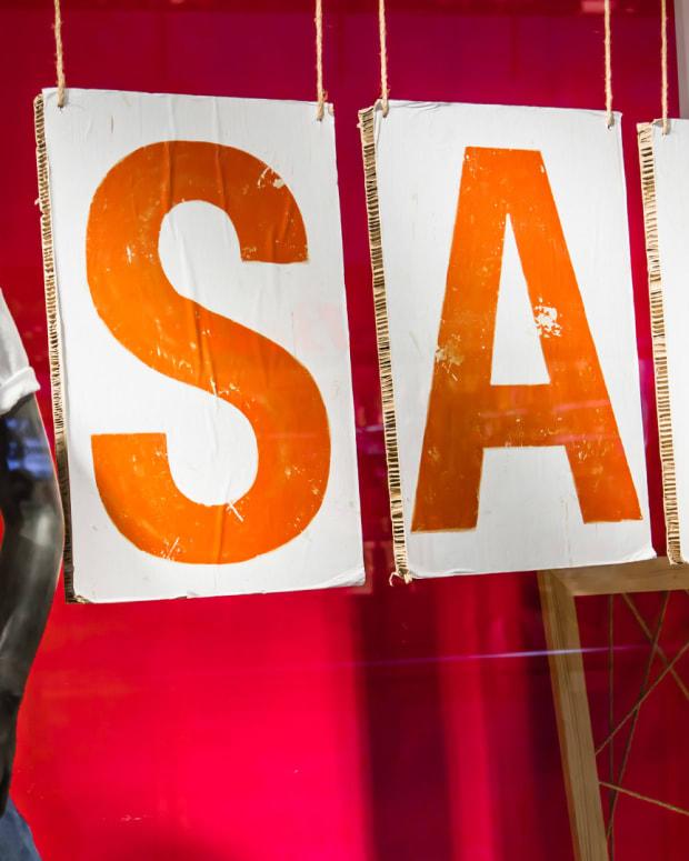 Retail Store Sale Lead