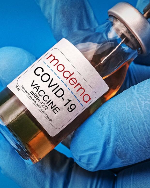 Moderna vaccine Lead