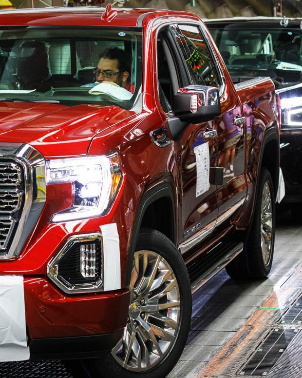 General Motors Lead