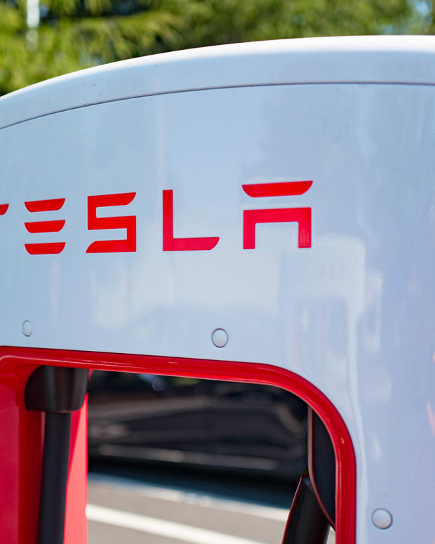 Tesla Electric Power Lead