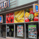"""German grocery giant Aldi says it will increase its U.S. store base to 2,500 by 2022, up from 1,600. That follows Aldi's February announcement that it would invest $1.6 billion in its U.S. stores, expanding and remodeling over 1,300 stores by 2020.The moves will make Aldi the U.S.' third-largest grocery chain, behind Walmart Stores Inc.and Kroger Co. .""""We are giving our customers what they want, which is more organic produce, antibiotic-free meats and fresh healthier options across the store, all at unmatched prices up to 50% lower than traditional grocery stores,"""" Aldi U.S. CEO Jason Hart said in a statement."""
