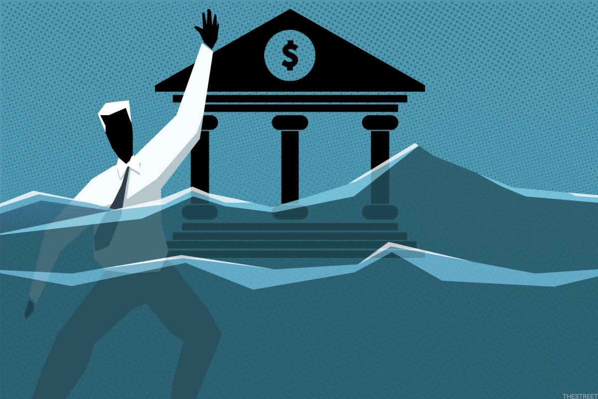 Junk Loans, Now at $1.2 Trillion, Could Haunt U.S. Banks, Top Regulator Warns