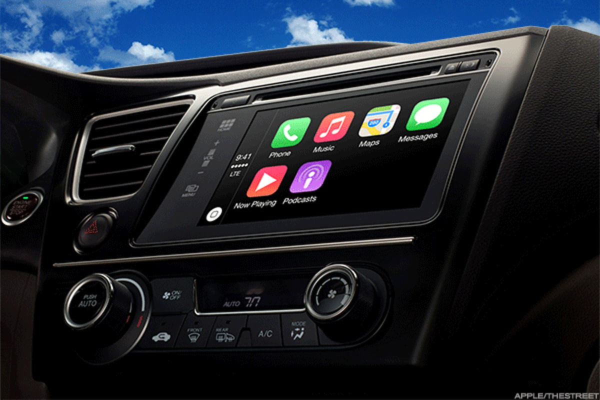 Apple's CarPlay interaction