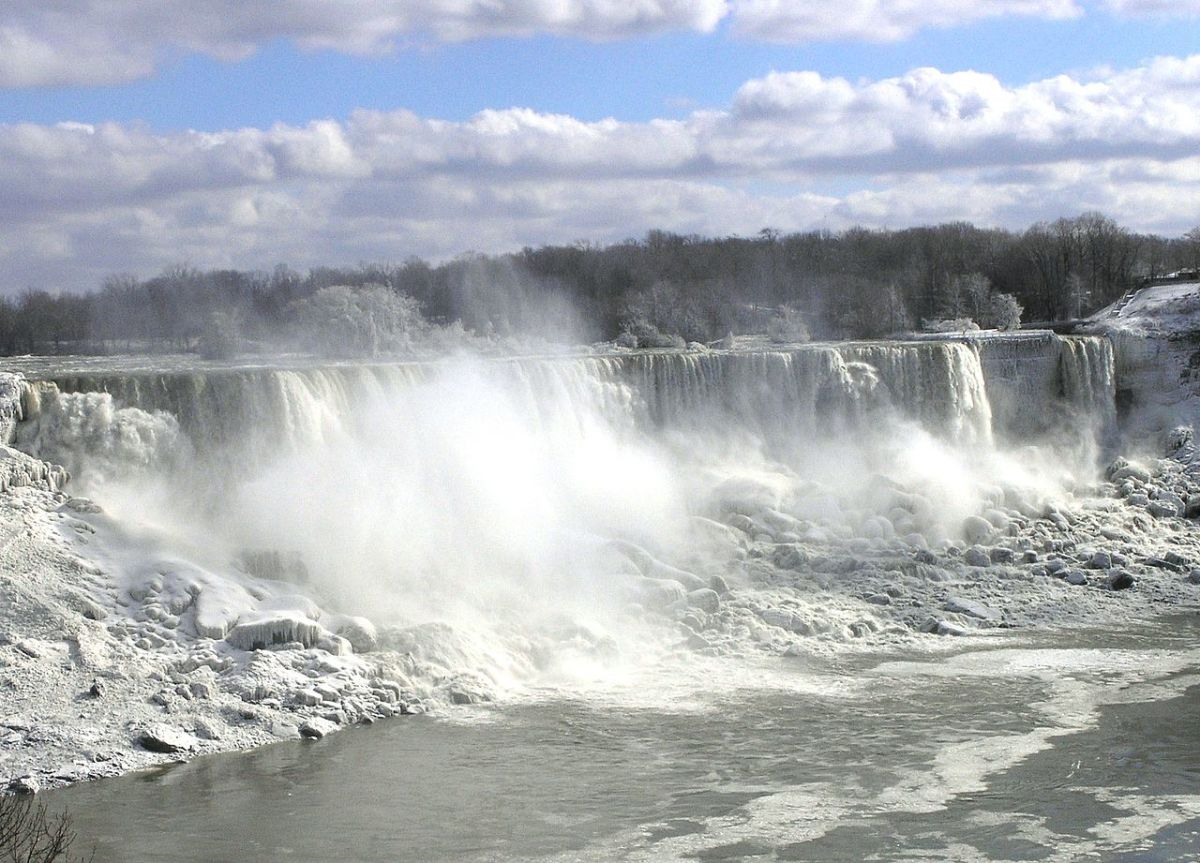 Tips for Traveling to Niagara Falls Last Minute on a Budget