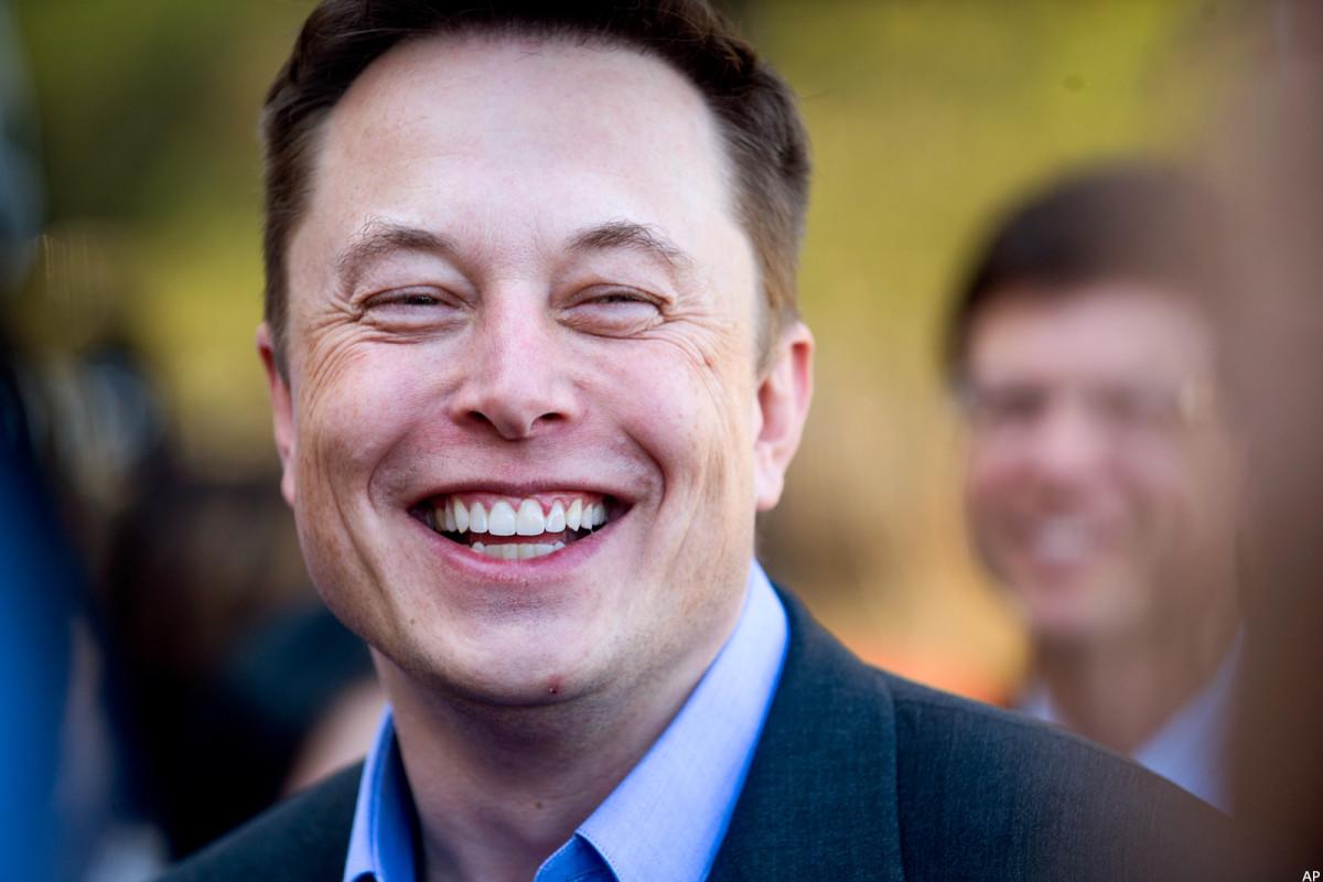Elon Musk's Tesla Wins Gamble on Australian Battery Park Giveaway