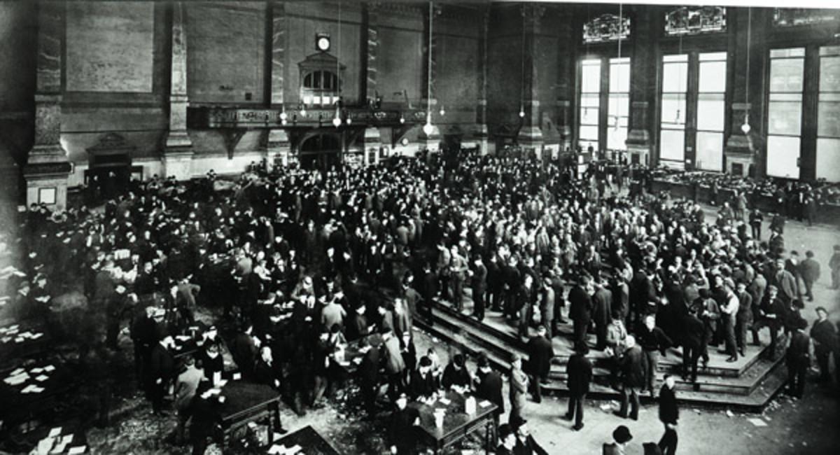 Grain Trading Floor 1900