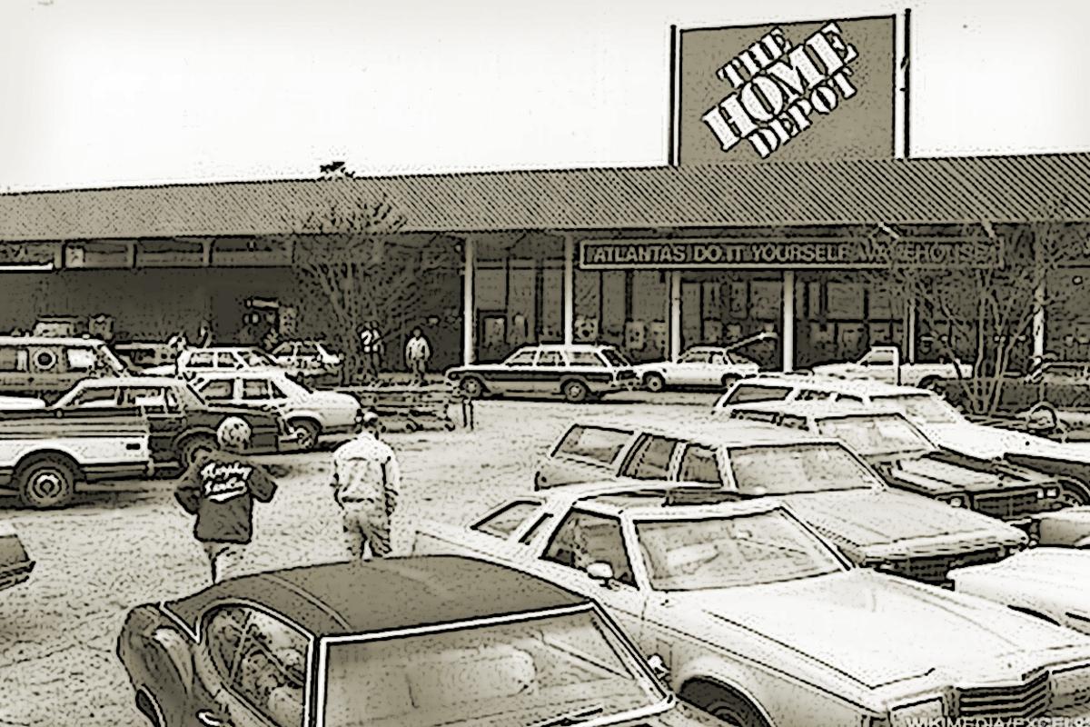Ken Langone helped arrange the financing that allowed Home Depot to open its doors in 1979.