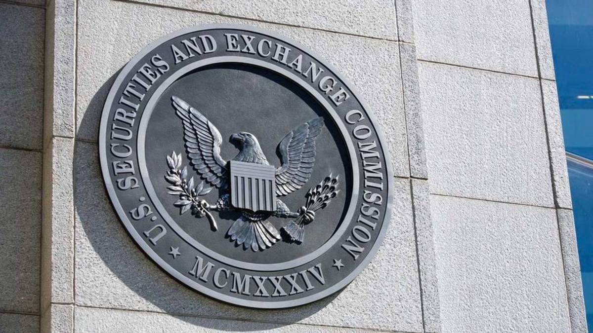 SEC Halts Trading in 15 Firms Due to Questionable Market Moves