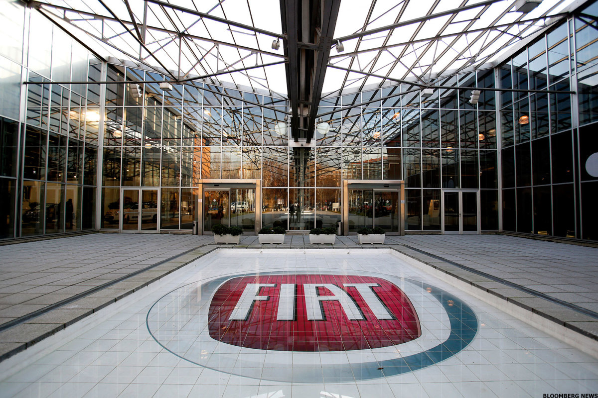 Fiat Chrysler, Foxconn Are Looking to Jolt Tesla
