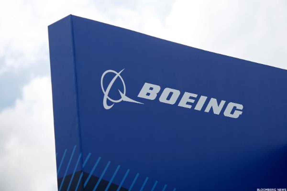 Boeing-Made 737 Crashes Near Tehran: Ukraine Airlines Says All 176 Passengers Killed, Embassy Cites Engine Failure