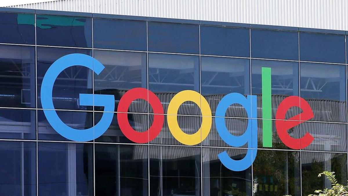 Google Shares Rise as UBS Raises Price Target to $1,675