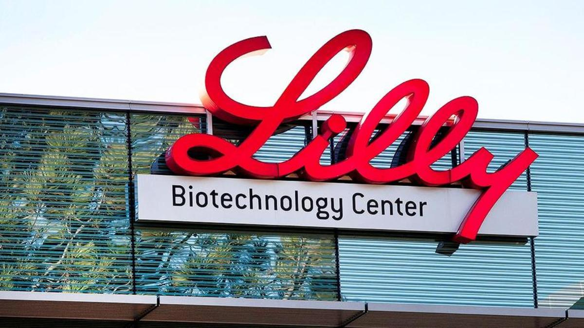 Eli Lilly Shares Slide After Alzheimer's Treatment Fails Clinical Trial