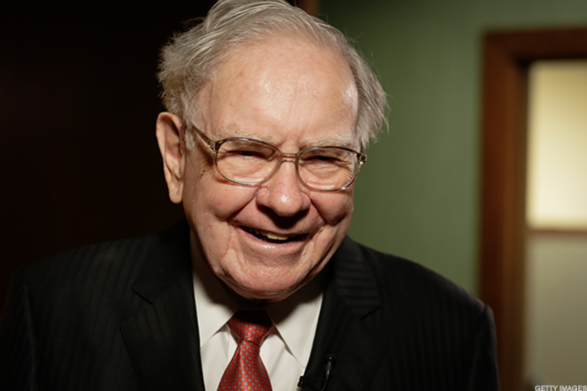 Berkshire Hathaway Expected to Earn $2.12 a Share